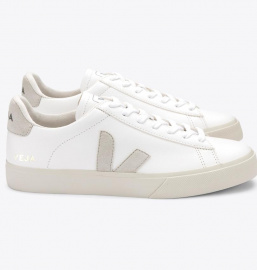 "Veja ""Campo Leather"" - extra white natural suede"